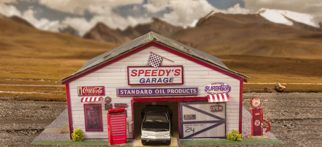 Bk 6422 1 64 scale speedy 39 s garage photo real scale for Star building garage packages