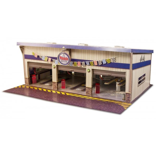 BK 6423 164 Scale Pit Stop Garage Photo Real