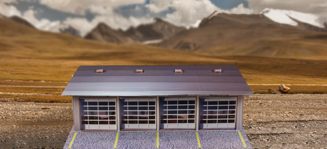 """BK 4811 1:48 Scale """"4 Stall Pit Garage"""" Photo Real Scale Building Kit"""