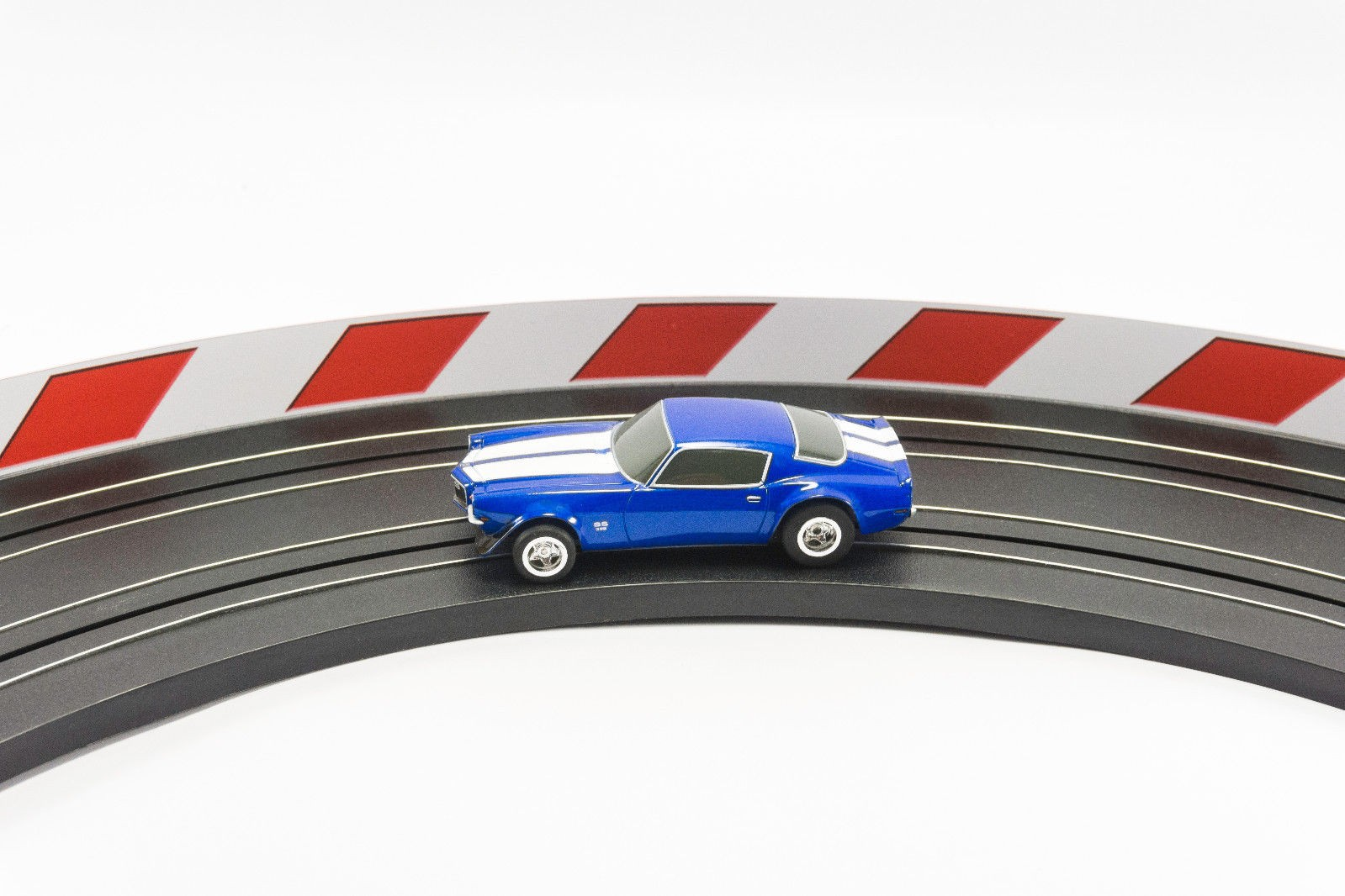 PL 5055 AFX Slot Car Guard Rail Set - PhotoReal FITS: 1/64 & 1/43 Scale Aurora, Model Motoring -Style 3 Red